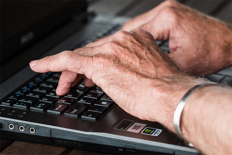 Come Trovare Articolisti e Copywriter Online