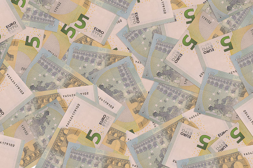 Guadagnare 5 Euro al Giorno: Guida Semplice