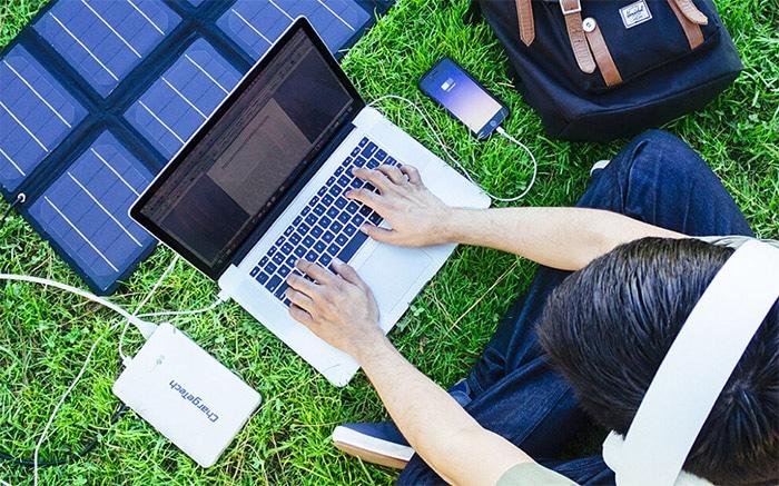 Batteria da viaggio per caricare anche il computer (o MacBook)