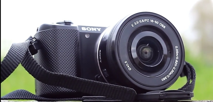 Consiglio Videocamera Per (Video) Blogger YouTube: Sony Alpha 5000LB