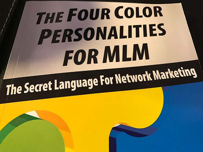 Libri Sul Network Marketing: The Four Color Personalities For MLM