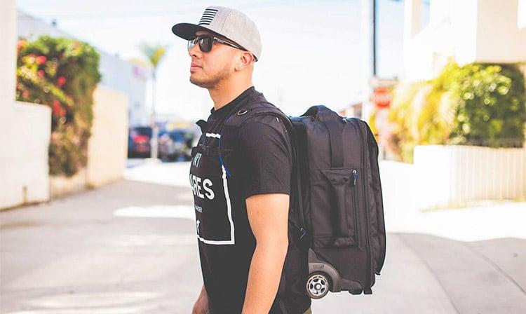 Lo Zaino di Un Internet Marketer: Cosa Portare In Viaggio?